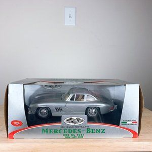 1954 Mercedes-Benz 300 SL Collectible in Box